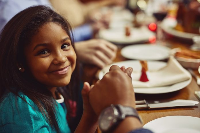 Four Ways That Students And Families >> Four Ways Families Can Hand On The Faith Part 2 Teaching Kids To
